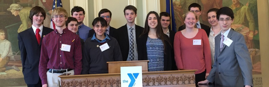 2016 Youth & Government Club at the N.H. Statehouse
