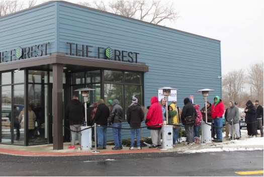 People waiting outside of Sandusky dispensary