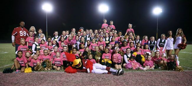 guest-big-and-mini-cheerleaders