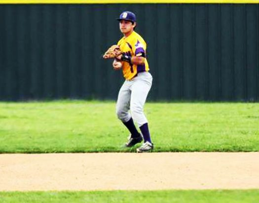 Daniel Rodriguez gets set to throw the ball in during a JV game.