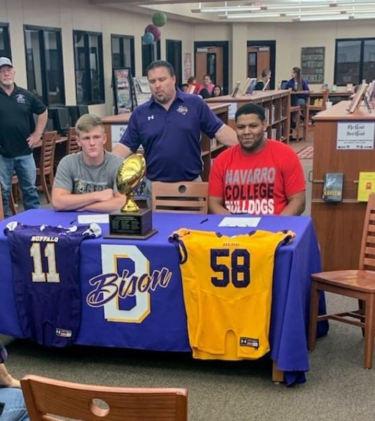 Seniors Chase Thompson and Jesus Garcia sign to play football in college.